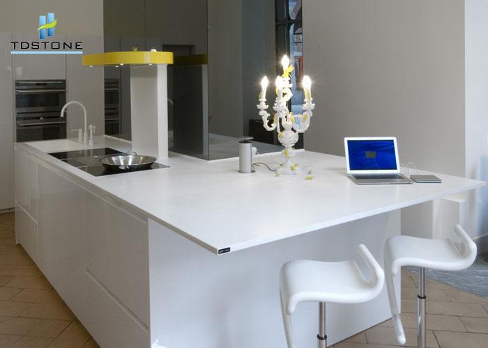 Đá nhân tạo trắng sứ dẻo làm bàn lavabo