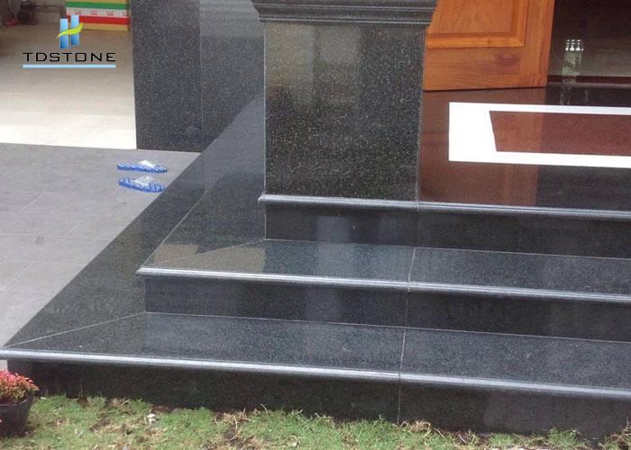 đá ốp bậc tam cấp bằng đá granite