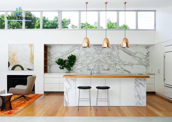 đá ốp tường bếp