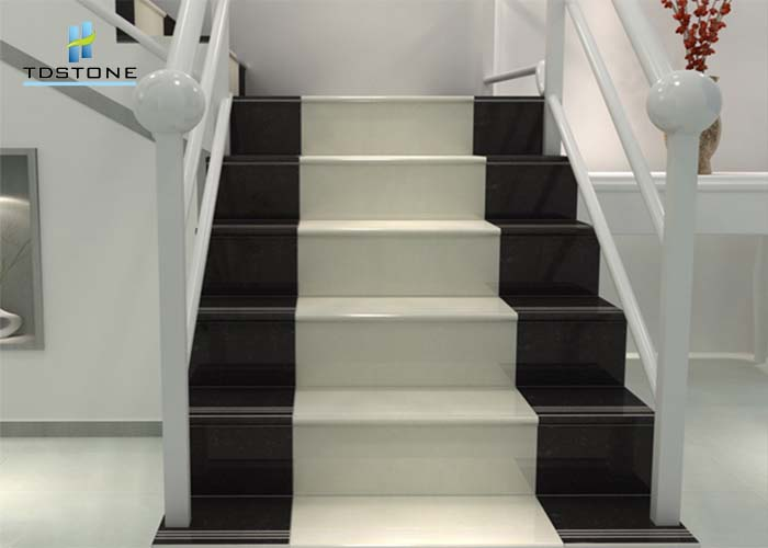 đá cầu thang đen trắng đẹp