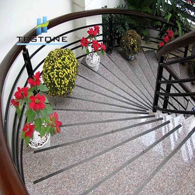 đá cầu thang tím hoa cà