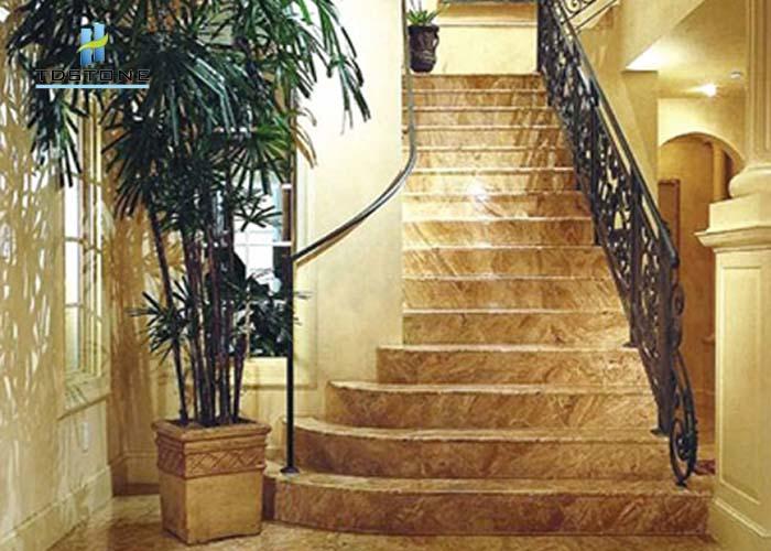Đá cầu thang màu vàng 1