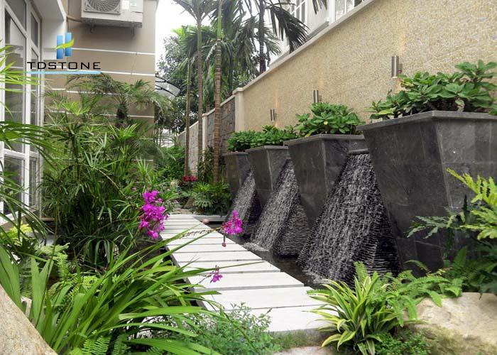 đá ốp tường sân vườn